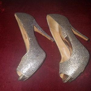 Badgley Mischka platform silver heels size 6